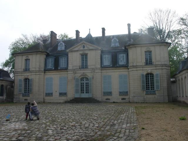 Le château vu depuis la cour